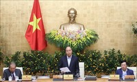 PM Nguyen Xuan Phuc memimpin sidang Pemerintah Periodik Januari