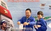Kaum remaja Ibu Kota mendukung Dana demi Laut dan Pulau Vietnam