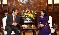 Wapres Dang Thi Ngoc Thinh menerima Duta Besar Jepang di Vietnam, Umeda Kunio