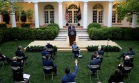 Presiden AS, Donald Trump mengumumkan petunjuk untuk membuka kembali perekonomian