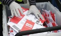 Indonesia resmi menunda pemilihan daerah karena wabah Covid-19