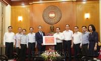 Komunitas orang Vietnam di luar negeri secara aktif mendukung pekerjaan melawan wabah Covid-19 di negaranya
