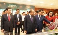 """PM Nguyen Xuan Phuc menghadiri Konferensi: """"Hanoi 2020 – Kerjasama Investasi dan Perkembangan"""""""