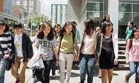 Kedubes Vietnam berupaya menjamin kepentingan yang sah dari para pelajar Vietnam di AS