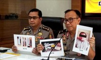 """Hukuman yang serius untuk benggolan """"anak cabang"""" organisasi Al-Qaeda di Indonesia"""