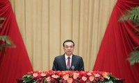 PM Tiongkok Menegaskan Upaya Menyelesaikan Target-Target Menghadapi Dampak-Dampak Wabah Covid-19