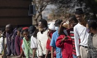G20 Menyepakati Mekanisme Bersama untuk Memperpanjang Utang Bagi Negara-Negara Miskin