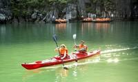 Menikmati Pengalaman yang Menarik di Teluk Ha Long