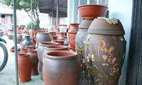 Warna Merah Keramik Que