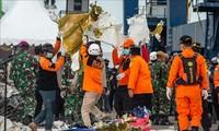 Kecelakaan Pesawat di Indonesia: Identifikasi Korban Pertama dan Posisi Kotak Hitam