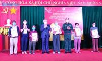 Pimpinan Partai, Negara, dan Pemerintah Vietnam Kunjungi dan Lakukan Kunjungan dan Ucapkan Selamat Hari Raya Tet di Berbagai Daerah