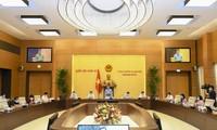 Ketua MN Vuong Dinh Hue Minta supaya Memberikan Pendapat tentang Laporan Keuangan Negara yang Lebih Substantif