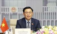 Ketua MN Vuong Dinh Hue Melakukan Pembicaraan Online dengan Ketua Majelis Rendah Australia, Tony Smith