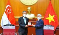 Perkuat Temu Muhibah Antara Rakyat Vietnam-Singapura