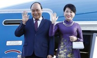 Presiden Nguyen Xuan Phuc Melakukan Kunjungan Persahabatan Resmi di Laos
