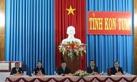 Staatspräsident Truong Tan Sang besucht Kon Tum