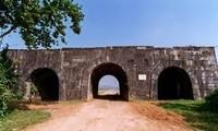 Die Zitadelle der Ho-Dynastie ist bei Touristen beliebt