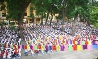 Beginn des neuen Schuljahres in Vietnam