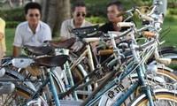 Alte Fahrräder und Erinnerung an das alte Hanoi