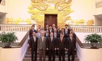 Vize-Premier Hoang Trung Hai empfängt Gouverneur der japanischen Provinz Nara