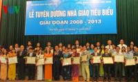 Auszeichnung von 160 herausragenden Lehrerinnen und Lehrern