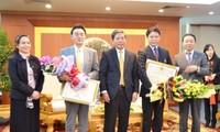 Verleihung des Erinnerungsorden im Bereich Bodenschätze und Umwelt