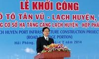 Premier Nguyen Tan Dung start den Bau  der größten Brücke über einen See in Vietnam