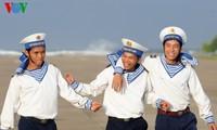 Studenten und ihre Liebe zu Meer und Inseln des Landes