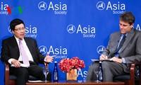 Vize-Premierminister Pham Binh Minh führt zahlreiche Treffen am Rande der UN-Vollversammlung durch