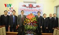 Vertreter der Vaterländischen Front beglückwünscht protestantische Gemeinde Vietnam