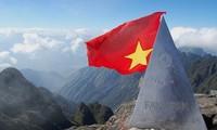 Die Reise auf den Berggipfel von 3.143 Meter