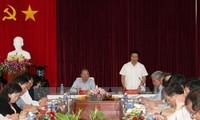 Tätigkeiten der Vize-Premierminister Hoang Trung Hai und Pham Binh Minh