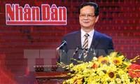 Premierminister Nguyen Tan Dung nimmt an der Präsentation eines neuen Fernsehkanals teil