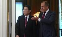 Gespräch zwischen Russland und Japan