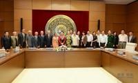 Vize-Parlamentspräsidentin Nguyen Thi Kim Ngan trifft Abgeordnete der Provinz Nghe An