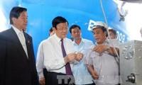 Staatspräsident Truong Tan Sang ist in der Provinz Binh Dinh zu Gast