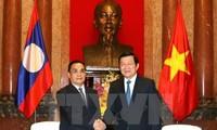 Vietnamesische Staats- und Regierungschefs treffen den laotischen Premierminister in Hanoi
