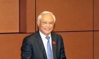 Vize-Parlamentspräsident Uong Chu Luu trifft ehemalige Abgeordnete der Provinz Binh Phuoc