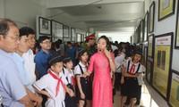 Ausstellung der Landkarten und Dokumente über Hoang Sa und Truong Sa in der Provinz Hoa Binh