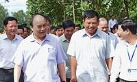 Premierminister Nguyen Xuan Phuc besucht Gemeinde Nam Giang der Provinz Nghe An