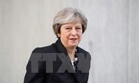 Britische Medien: Premierministerin Theresa May will Kabinett umbilden