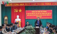 Vize-Parlamentspräsidentin Tong Thi Phong führt Arbeitstreffen mit Leitern des Kreises Muong Nhe