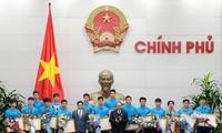 Premierminister trifft Spieler der U-23-Nationalfußballmannschaft