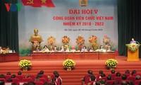 Landeskonferenz der Gewerkschaft vietnamesischer Angestellten