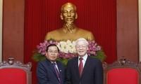 KPV-Generalsekretär Nguyen Phu Trong empfängt den laotischen Vize-Parlamentspräsident