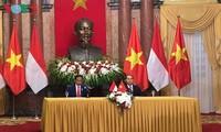 Vietnam und Indonesien geben gemeinsame Erklärung über die Verstärkung der strategischen Partnerschaft ab