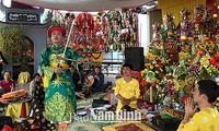 Nam Dinh entwickelt den Chau Van-Gesang
