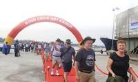 Quang Tri empfängt ausländische Touristen von Kreuzfahrtschiff