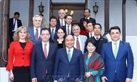 Öffnung der neuen Kooperationsräume zwischen Vietnam mit Rumänien und Tschechien in vielen Bereichen
