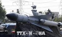 Iran präsentiert moderne Raketen in der Parade